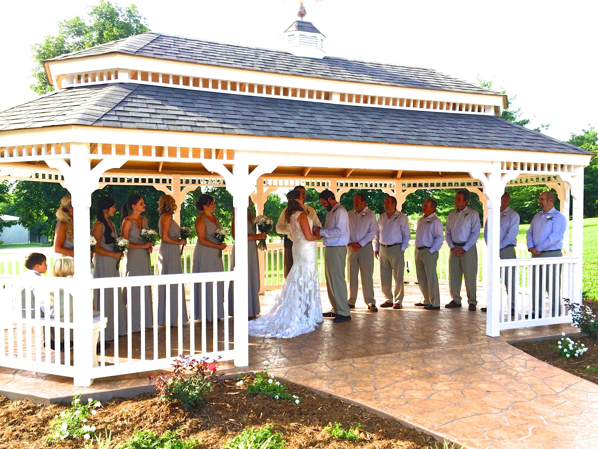 Mobel Gazebo Ferdinand Community Center